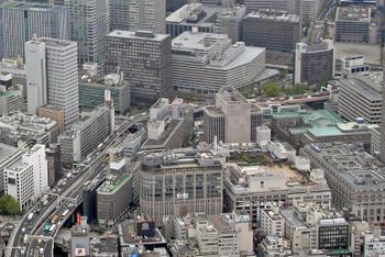 Tokyomitsukoshi1