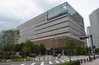 Yokohamamufg151013