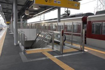 Kintetsu100536