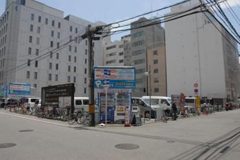 Osakashinsaibashi13068