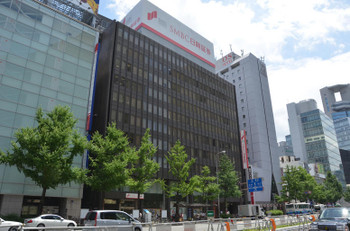 Osakasonezaki15075