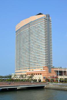 Fukuokahawkstown3