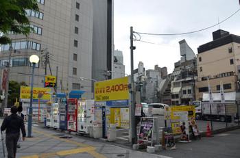 Osakasonezaki16054