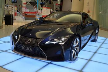 Lexus170411