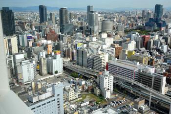 Osakasonezaki171011