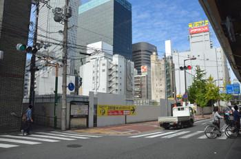 Osakasonezaki171013