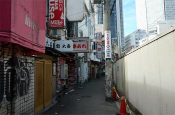 Osakasonezaki171015