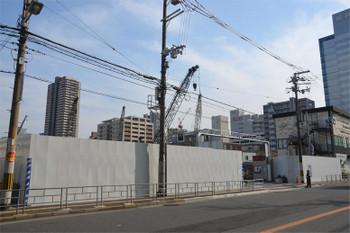 Osakaebina171112