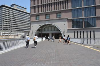Osakaumeda18041318