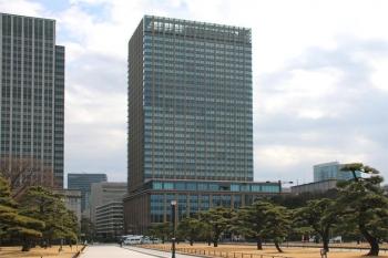 Tokyomarunouchi200111