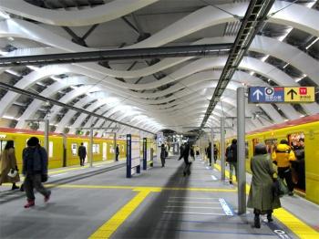 Tokyoshibuyametro200112