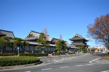 Kyotohigashihonganj200112