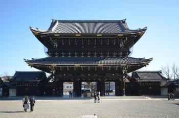 Kyotohigashihonganj200118