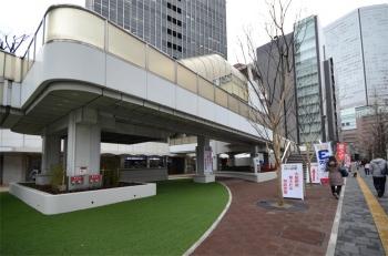 Osakaekimae200421