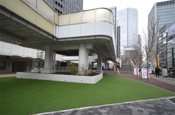 Osakaekimae200422