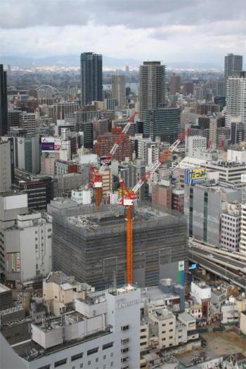 Osakasonezaki200112