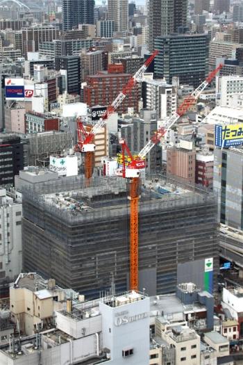 Osakasonezaki200113