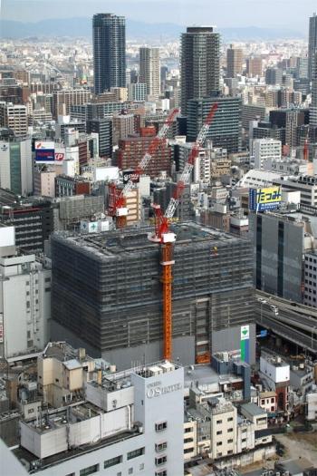 Osakasonezaki200212