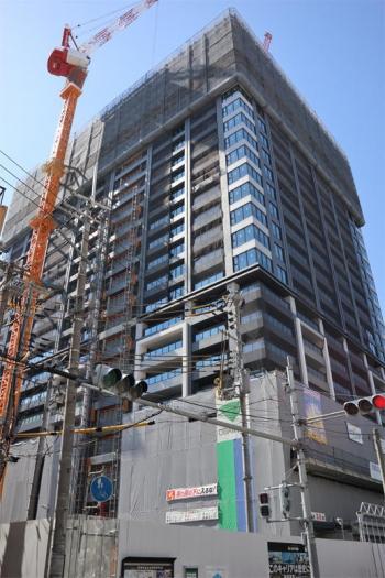 Osakasonezaki200512