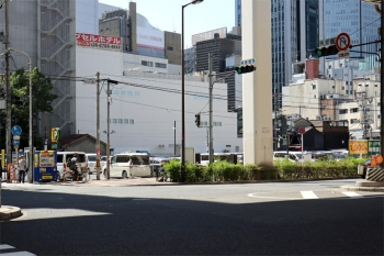 Osakasonezakiapa200511